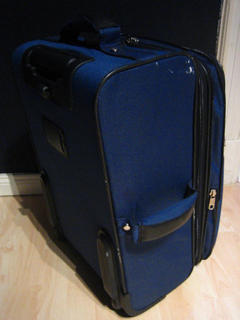 don't buy this suitcase from c.comberti